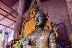 Άγαλμα του Βούδα για τη λατρεία Στοκ Εικόνες