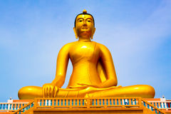 Άγαλμα του Βούδα, μεγάλο χρυσό άγαλμα του Βούδα στην Ταϊλάνδη Στοκ Εικόνες