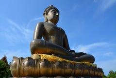 Άγαλμα του Βούδα στη σιωπή στοκ φωτογραφία