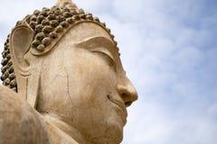 Άγαλμα του Βούδα στο ναό Ταϊλάνδη Στοκ φωτογραφία με δικαίωμα ελεύθερης χρήσης