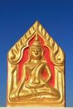 Άγαλμα του Βούδα στο σπρώξιμο wat που κάθεται Στοκ Εικόνες