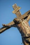 Άγαλμα του Ιησού στο σταυρό Στοκ Φωτογραφίες