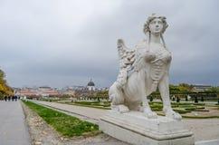 Άγαλμα του κήπου πανοραμικών πυργίσκων Wien Στοκ εικόνα με δικαίωμα ελεύθερης χρήσης