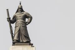 Άγαλμα του ναυάρχου Yi Sunsin στο plaza Gwanghwamun στη Σεούλ, νότος Στοκ Φωτογραφία