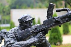 Άγαλμα του πολυβόλου πάλης στρατιωτών Στοκ εικόνα με δικαίωμα ελεύθερης χρήσης