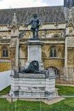 Άγαλμα του Όλιβερ Κρόμγουελ μπροστά από το παλάτι του Γουέστμινστερ, Λονδίνο, Αγγλία Στοκ Εικόνες
