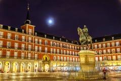 Άγαλμα του Philip ΙΙΙ στο δήμαρχο Plaza στη Μαδρίτη, Ισπανία Στοκ Εικόνα
