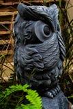 Άγαλμα των όμορφων κήπων κουκουβαγιών Στοκ εικόνες με δικαίωμα ελεύθερης χρήσης