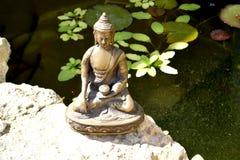 Άγαλμα χαλκού να αγγίξει τη γη Βούδας Στοκ εικόνες με δικαίωμα ελεύθερης χρήσης