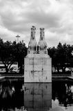 Άγαλμα δύο αλόγων στη Λισσαβώνα στοκ εικόνες
