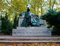 Άγαλμα Anonymus στη Βουδαπέστη Στοκ φωτογραφία με δικαίωμα ελεύθερης χρήσης