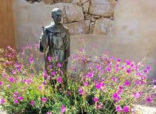 Άγαλμα Serra ιουνιπέρων στοκ φωτογραφία με δικαίωμα ελεύθερης χρήσης
