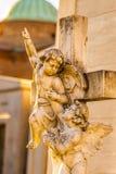 Άγγελοι που φθάνουν για τον ουρανό Στοκ Εικόνα