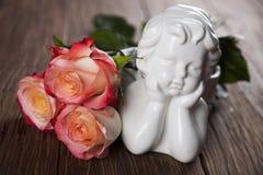 Άγγελος, ημέρα του ευτυχούς βαλεντίνου, υπόβαθρο καθρεφτών στοκ φωτογραφίες με δικαίωμα ελεύθερης χρήσης