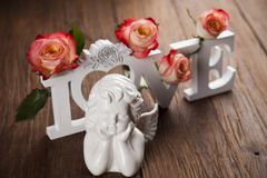 Άγγελος, ημέρα του ευτυχούς βαλεντίνου, υπόβαθρο καθρεφτών στοκ εικόνες με δικαίωμα ελεύθερης χρήσης