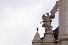 Άγγελος στην πύλη Valle della Sant Andrea της εκκλησίας στη Ρώμη Στοκ εικόνα με δικαίωμα ελεύθερης χρήσης