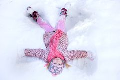 Άγγελος χιονιού κοριτσιών Στοκ Εικόνα