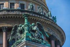 Άγγελοι του καθεδρικού ναού Αγίου Isaac's, η Αγία Πετρούπολη, Ρωσία Στοκ Εικόνες