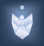 Άγγελος Χριστουγέννων τραγουδιού με το πρώτο origami αστεριών Στοκ φωτογραφία με δικαίωμα ελεύθερης χρήσης