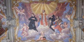 Άγιοι, νωπογραφία στη φραντσησθανή εκκλησία Annunciation στο Λουμπλιάνα Στοκ Εικόνες