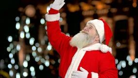 Άγιος Βασίλης κυματίζει το χέρι απόθεμα βίντεο