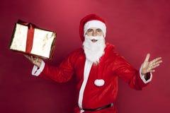 Άγιος Βασίλης προσποιείται να εκπλαγεί Στοκ Εικόνα