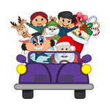 Άγιος Βασίλης που ένα πορφυρό αυτοκίνητο μαζί με τον τάρανδο, χιονάνθρωπος και φέρνει σε πολλά δώρα τη διανυσματική απεικόνιση Στοκ φωτογραφίες με δικαίωμα ελεύθερης χρήσης