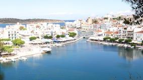Άγιος Νικόλαος και πανόραμα λιμνών Voulismeni, Κρήτη Ελλάδα φιλμ μικρού μήκους