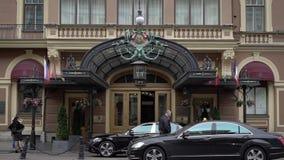 Άγιος-Πετρούπολη, Ρωσία - 8 Σεπτεμβρίου 2017: ιστορικό κτήριο ξενοδοχείων απόθεμα βίντεο