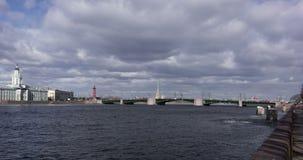 Άγιος-Πετρούπολη, γέφυρα παλατιών απόθεμα βίντεο