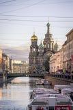 29 06 2017, Άγιος Πετρούπολη, Ρωσία Ξημερώματα στην προοπτική Nevsky Στοκ Εικόνες