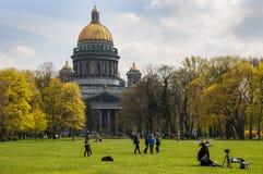 Άγιος σύνθετος καθεδρικός ναός της Πετρούπολης, Ρωσία, ST Isaac κρατικών μουσείο-μνημείων μουσείων o Κεντρικό μέρος της πόλης Περ στοκ φωτογραφίες