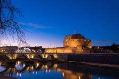 Άγιος Angelo Castle και γέφυρα του ST Angelo στη Ρώμη, Ιταλία Στοκ εικόνα με δικαίωμα ελεύθερης χρήσης