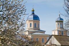 Άγιος John ο θεολόγος, John ο απόστολος, ρωσική Ορθόδοξη Εκκλησία σε Kynashiv, Ουκρανία, λεπτομέρειες του θόλου και του σταυρού στοκ εικόνες με δικαίωμα ελεύθερης χρήσης