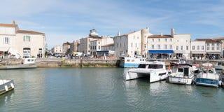 Άγιος Martin EN σχετικά με - Ile de Re Nouvelle Aquitaine/Γαλλία - 05 02 2019: Λιμένας στο ST Martin ile de σχετικά με τη Γαλλία  στοκ φωτογραφίες με δικαίωμα ελεύθερης χρήσης