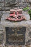 Άγκυρα και πινακίδα στο πολεμικό μνημείο στο οχυρό William, Σκωτία Στοκ εικόνα με δικαίωμα ελεύθερης χρήσης
