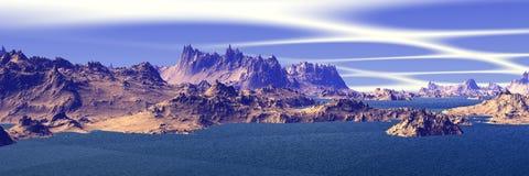 Άγνωστος πλανήτης Βουνά πανόραμα Στοκ φωτογραφία με δικαίωμα ελεύθερης χρήσης