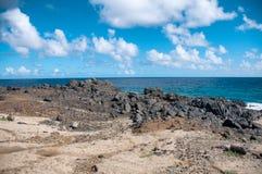 Άγρια ακτή της Αρούμπα στις Καραϊβικές Θάλασσες στοκ φωτογραφίες με δικαίωμα ελεύθερης χρήσης