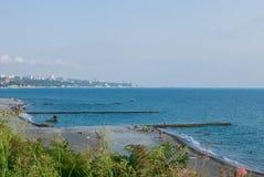 Άγρια παραλία ακτών Στοκ φωτογραφία με δικαίωμα ελεύθερης χρήσης