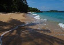 Άγρια παραλία σε Phuket Στοκ Εικόνες