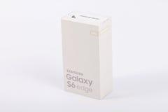 Άκρη γαλαξιών της Samsung S6 Χρυσός λευκόχρυσος Στοκ φωτογραφίες με δικαίωμα ελεύθερης χρήσης