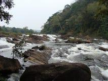 Άκρη της πτώσης νερού στοκ φωτογραφίες με δικαίωμα ελεύθερης χρήσης