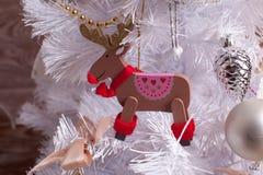 άλκες Παιχνίδι χριστουγεννιάτικων δέντρων Στοκ Εικόνα
