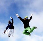 άλμα κοριτσιών Στοκ εικόνες με δικαίωμα ελεύθερης χρήσης