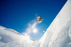 άλμα snowboarder Στοκ Φωτογραφίες
