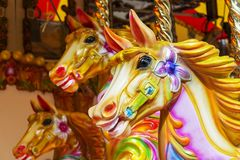 Άλογο ιπποδρομίων - funfair γύρος διασκέδασης Στοκ Εικόνες
