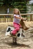 άλογο κοριτσιών λίγα Στοκ Φωτογραφία