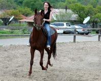 άλογο κοριτσιών Στοκ εικόνες με δικαίωμα ελεύθερης χρήσης