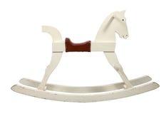 άλογο παιδιών εδρών που λικνίζει άσπρο ξύλινο Στοκ Εικόνες