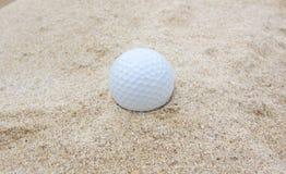 άμμος γκολφ σφαιρών Στοκ εικόνες με δικαίωμα ελεύθερης χρήσης